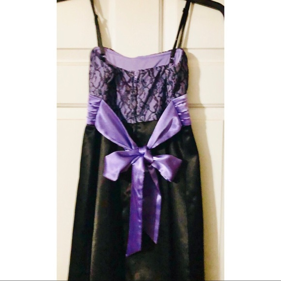Byer California Dresses & Skirts - B-Too black and purple cocktail dress